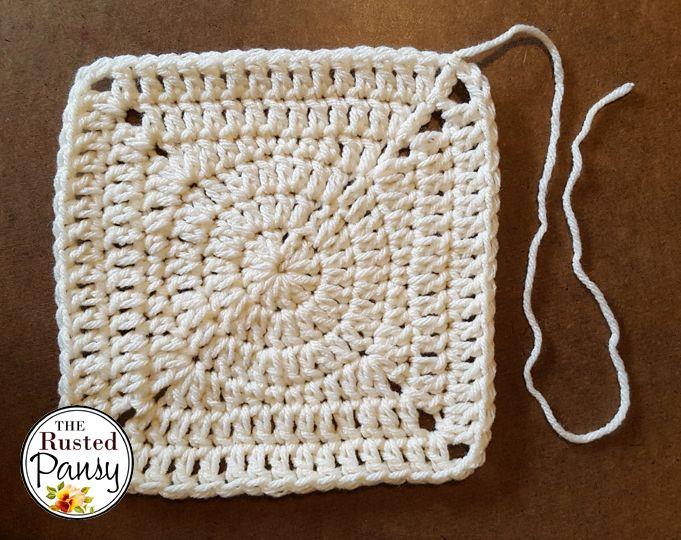 Crochet Circle Center Granny Square Pattern   Cuadrados