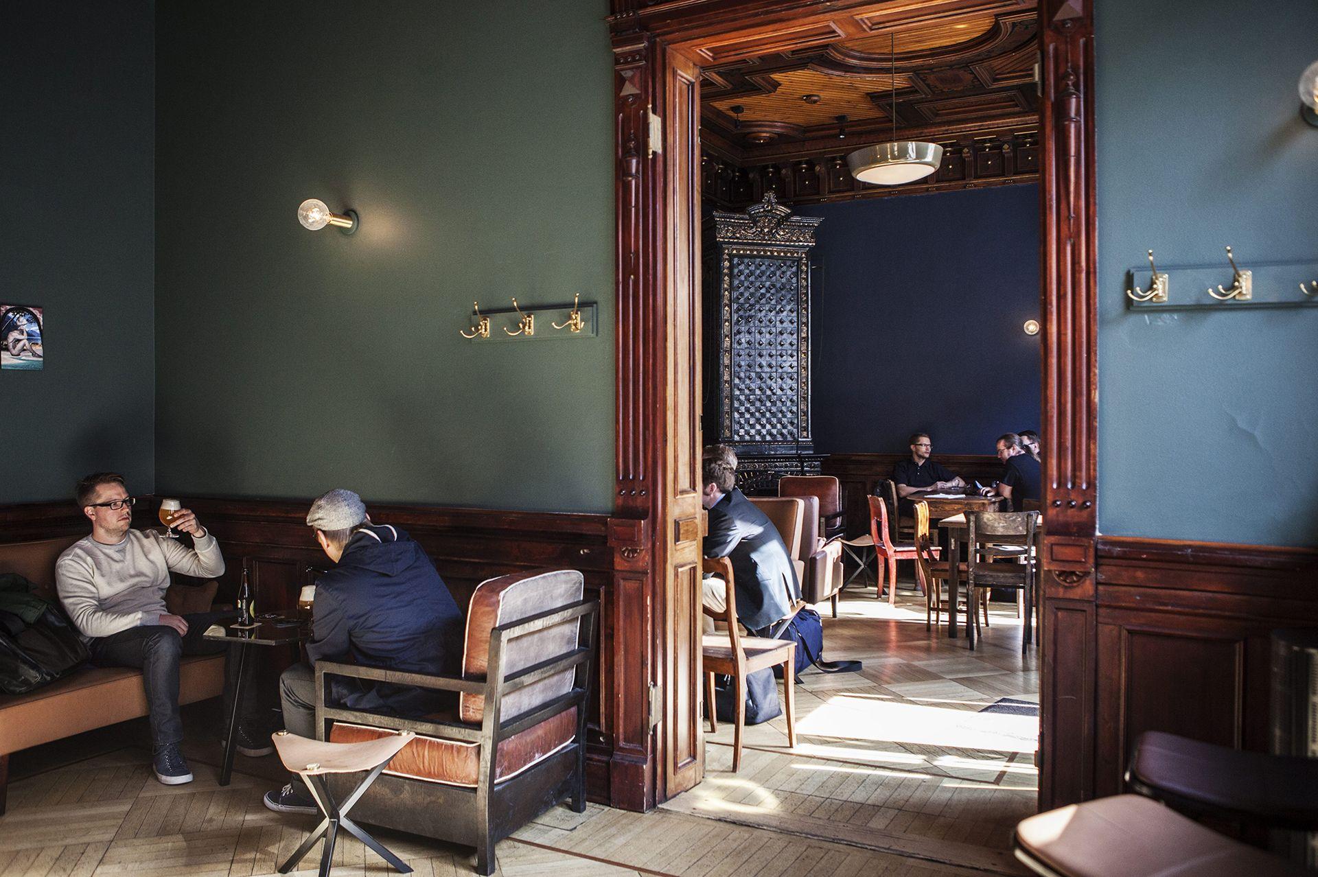 Helsingissä on jo erinomainen valikoima olutbaareja ja sympaattisia panimoravintoloita.