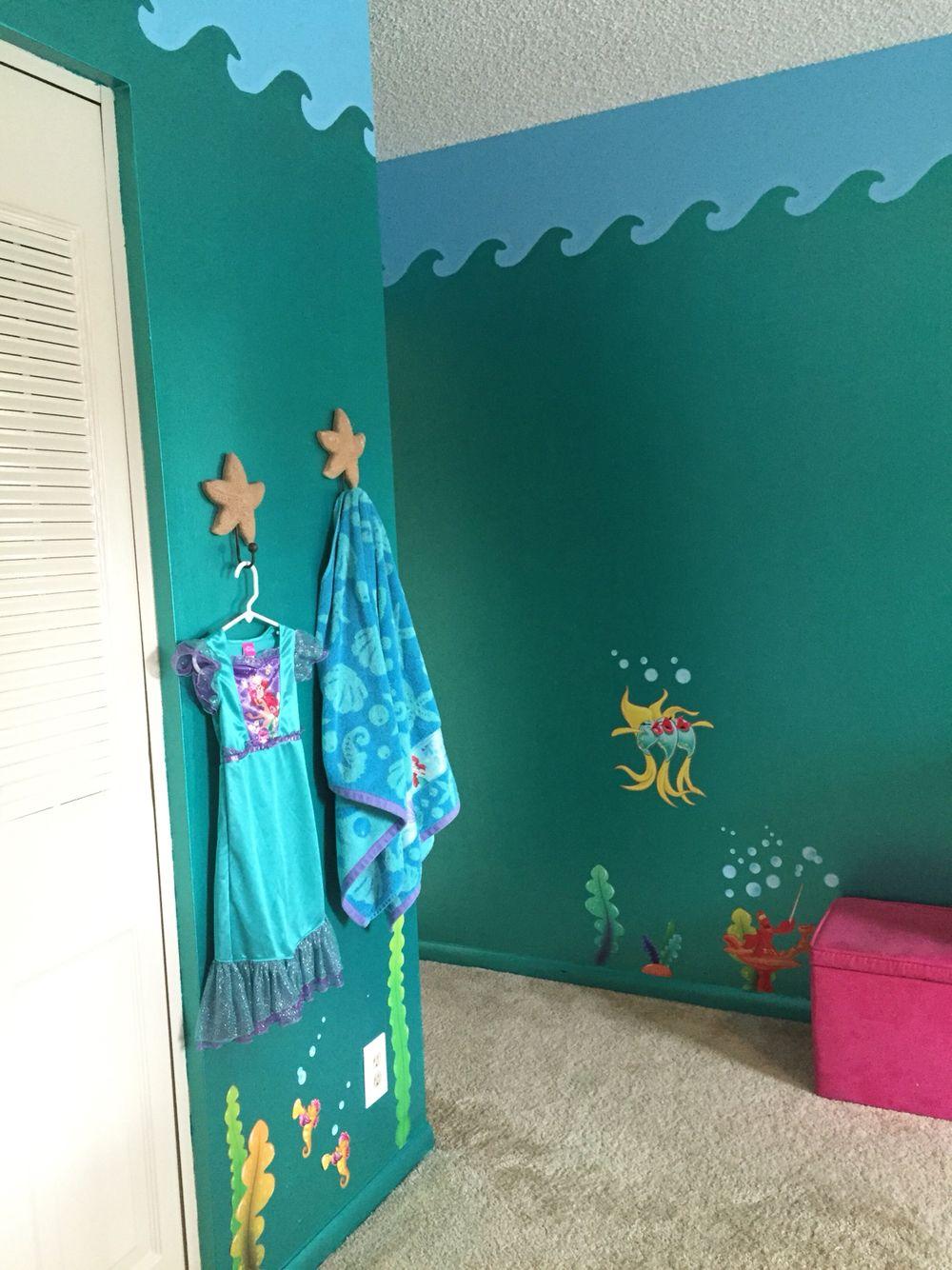 The little mermaid bedroom Ariel | Olivia\'s Mermaid Room | Little ...