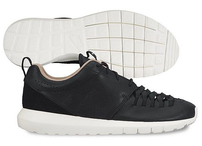 timeless design a7efe 92bd6 Nike Roshe Run NM  Woven Leather    Sole Collector x