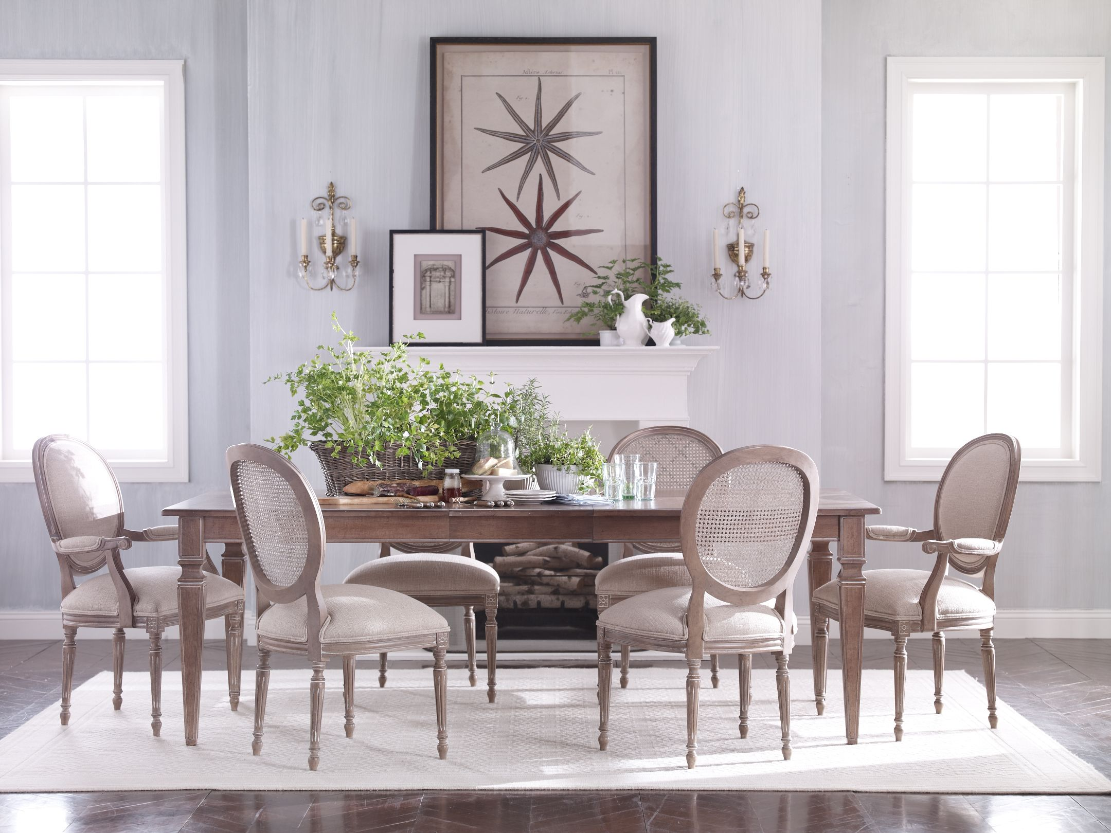 The Art Of Understatement With Images Extension Dining Table