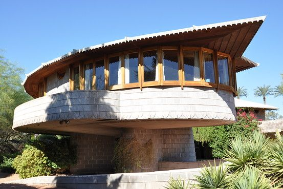 frank lloyd wright home in arizona sells for million frank lloyd wright lloyd wright. Black Bedroom Furniture Sets. Home Design Ideas