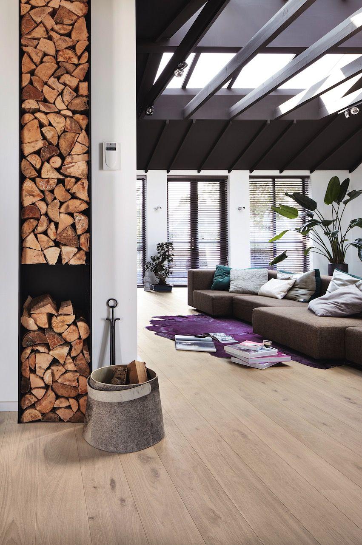 Wohnen im Modern Style mit Parkett in Eiche lebhaft cremeweiß 8541 ...