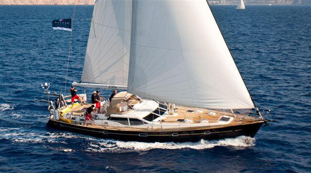 Oyster 56 With 4 Cabin Lay Out Build In 2006 And Powered By A Yanmar 160hp With Bow Thruster Folding Pro Sailing Yachts For Sale Sailing Yacht Sailboat Yacht