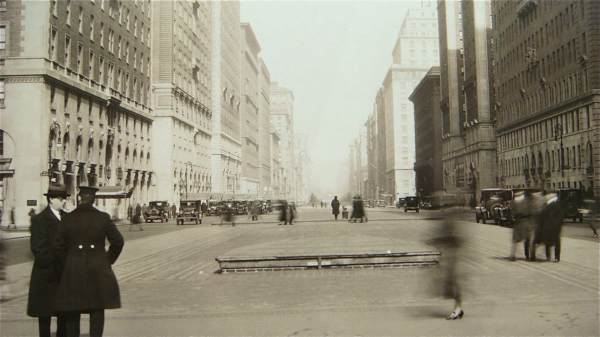 New York 5th Avenue1920's.