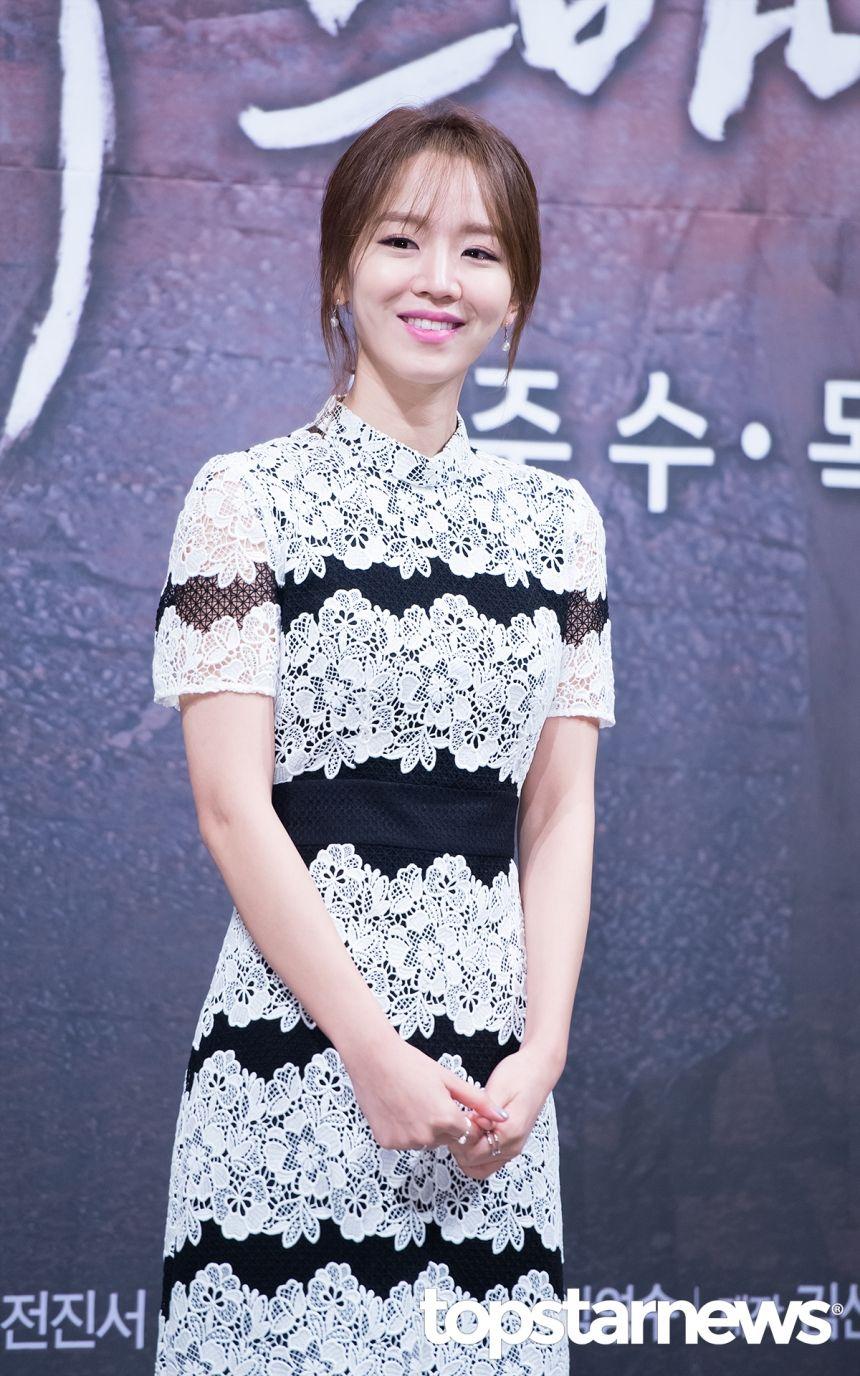 조슬기 기자 [HD포토] 신혜선, '단아한 미모' Fashion, Asian woman