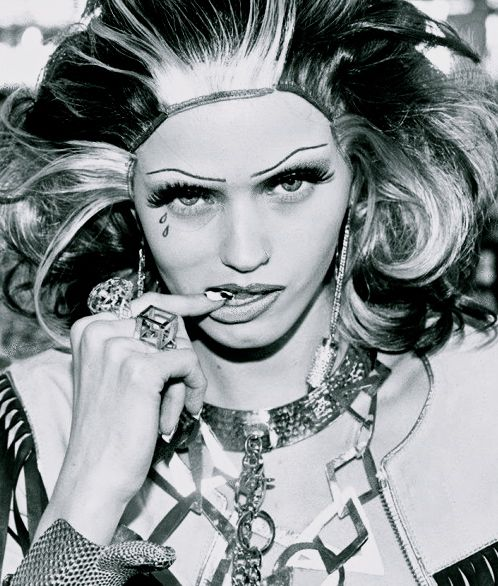 "MAR 2012. ·""HAUTE MESS"". ABBEY LEE KERSHAW"