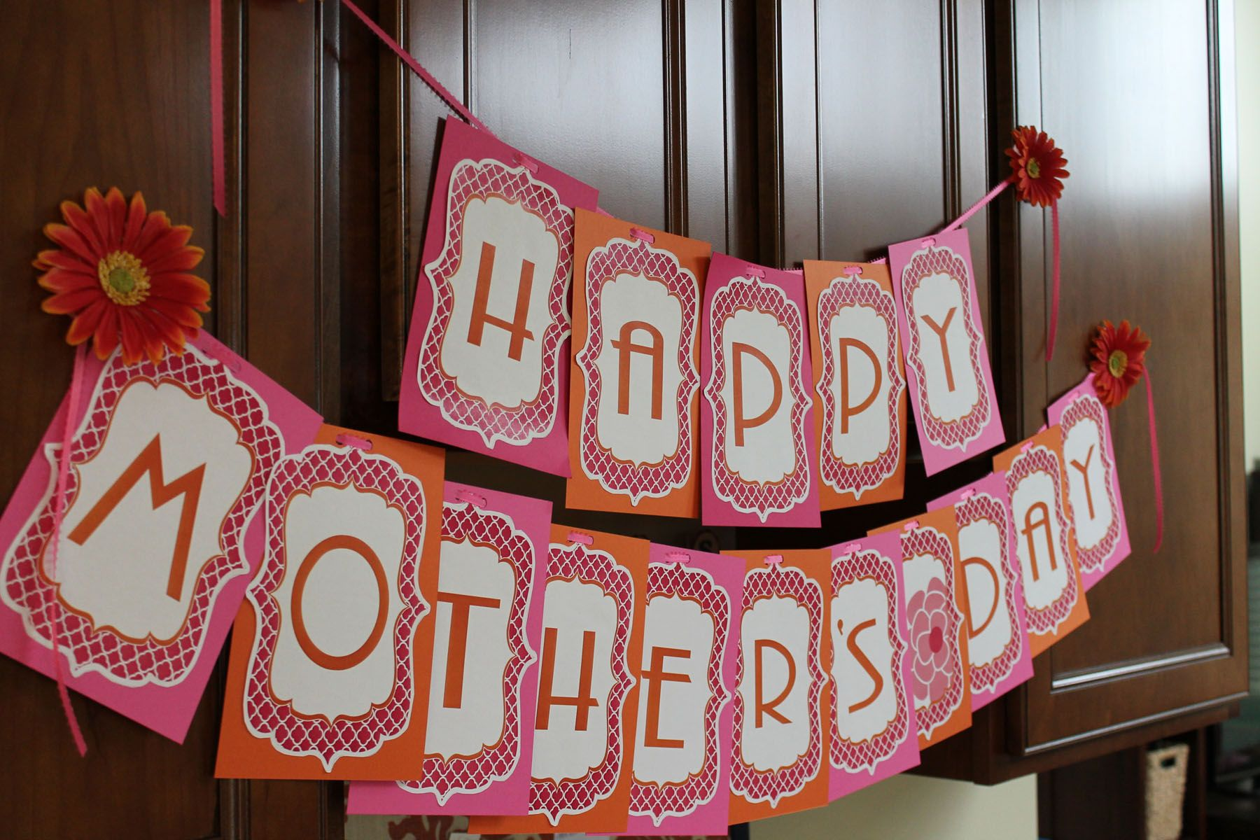mother s day decorations free printable done happy mothers day banner mother 39 s day. Black Bedroom Furniture Sets. Home Design Ideas