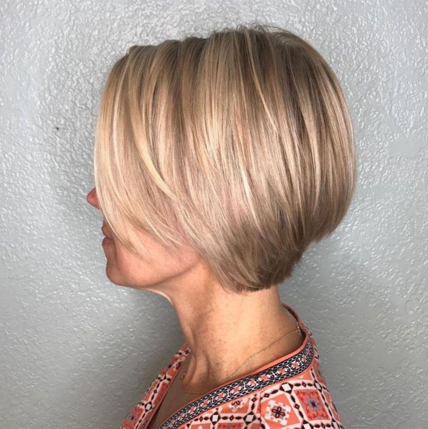 Stacked Blonde Bob For Fine Hair Bob Hairstyles For Fine Hair Modern Hairstyles Haircuts For Fine Hair
