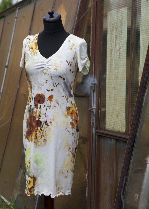 Knielange Kleider - Jerseykleid Aqua Flower Yellow, Wickelkleid - ein Designerstück von jerino-mode-fuer-mich bei DaWanda