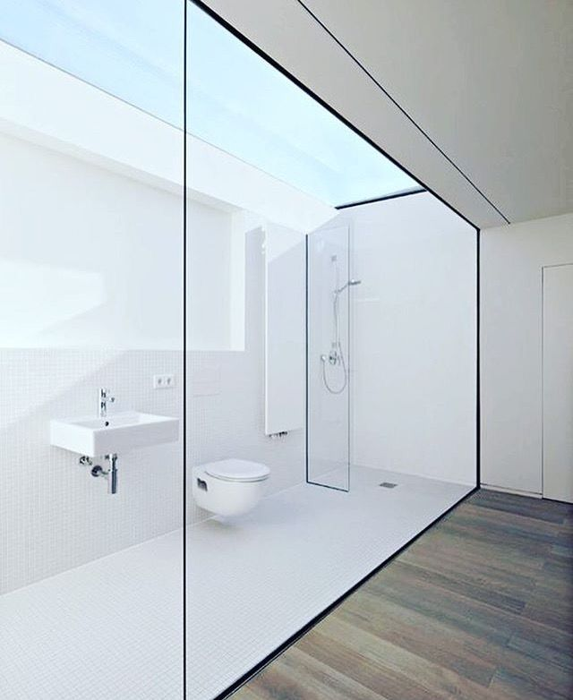 Whatu0027s Your Thoughts On This Bathroom Design? ~ Haus W By Ian Shaw  Architects ✨ Spectacular Use Of Natural Light U0026 Stunning Juxtaposition Of  The White ...