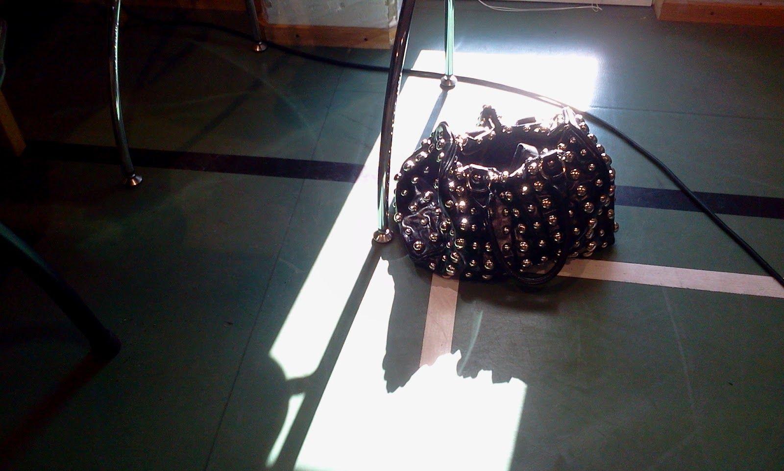Merkonomin laukku