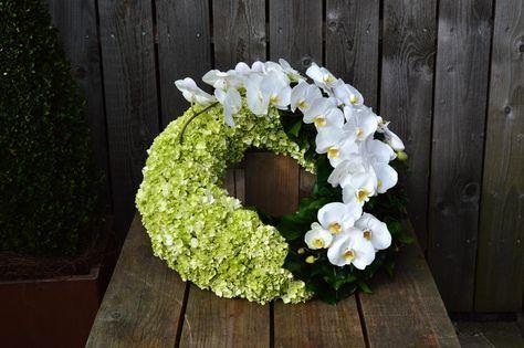 Floristik  Trauerfloristik  Beerdigung blumen  Fleurs