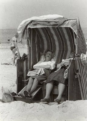 day at the beach-makes me think of Grandma Hanken and Grandma Most...that would be them after lunch...