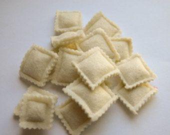 Pomodoro intero giochi con il cibo in feltro di lana di EvaLauryn
