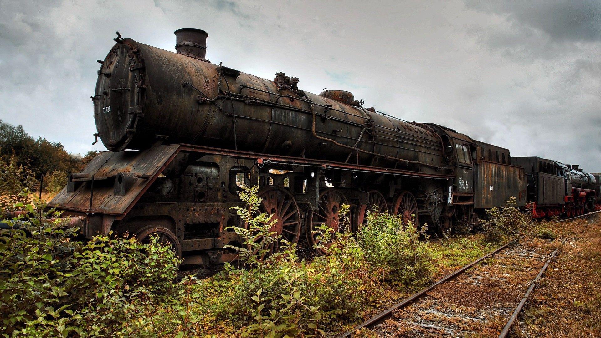 rusted train Train wallpaper, Abandoned train, Train