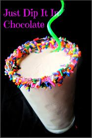 Just Dip It In Chocolate: Funfetti Cake Smoothie Recipe