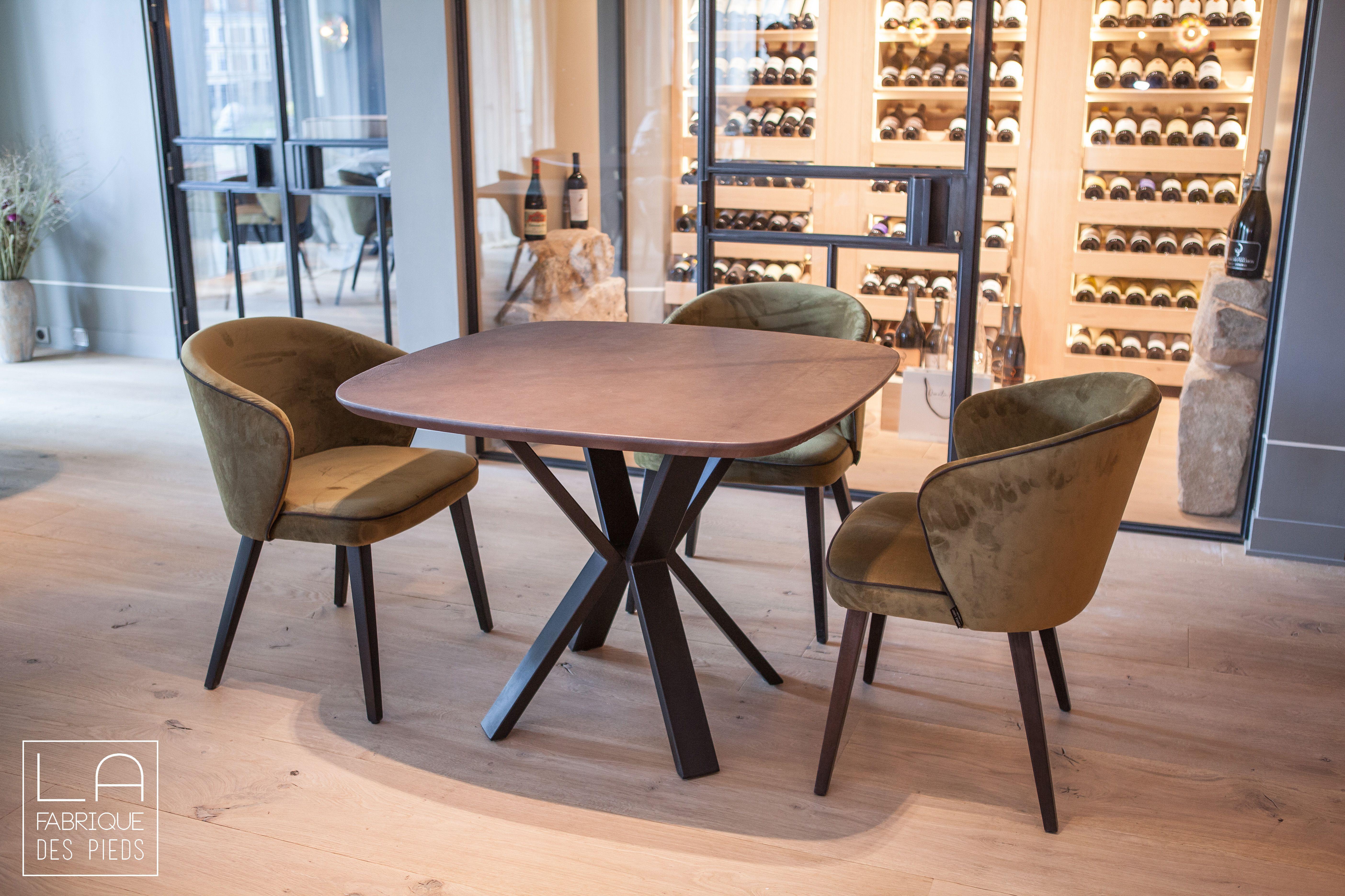 Moyen Pied V Central Pied Central La Fabrique Des Pieds En 2020 La Fabrique Des Pieds Table De Restaurant Plateau Rond