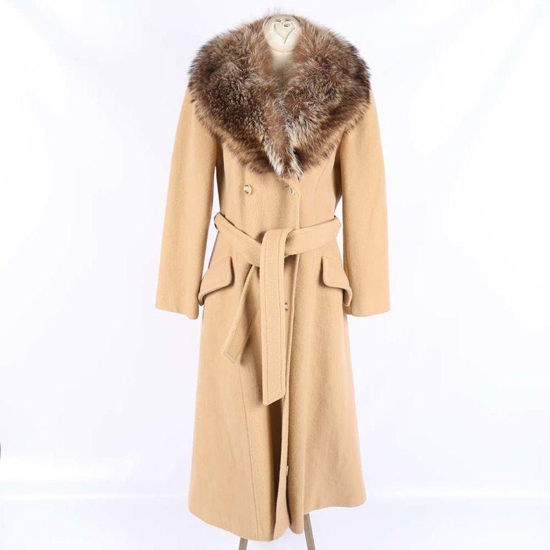 3e2bd29c4b4 Women's d'Jimas Coat with Fox Fur Collar | LOVES! | Coat, Fur ...