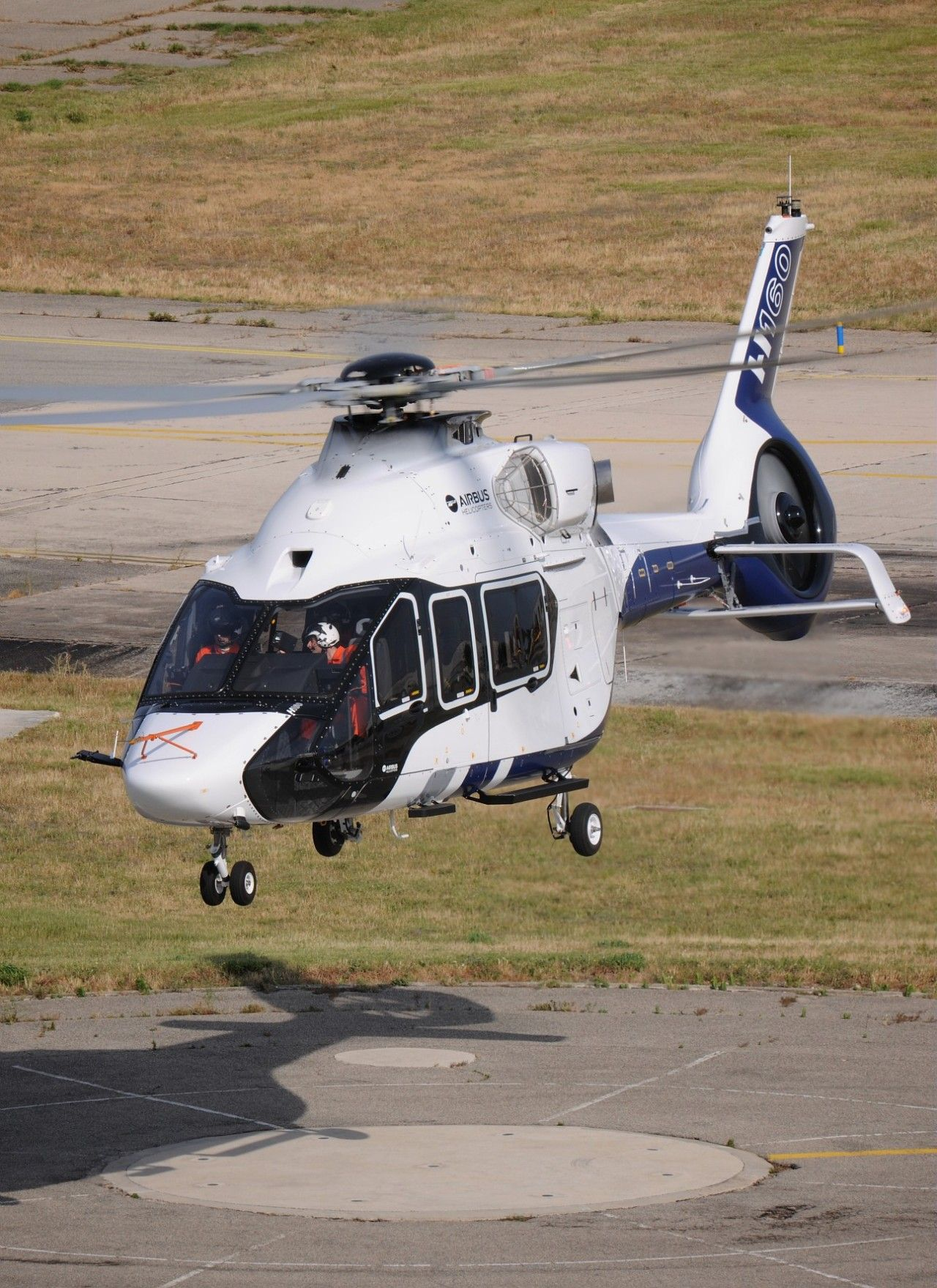 Airbus H160 | Helicopters | Airbus helicopters, Luxury helicopter