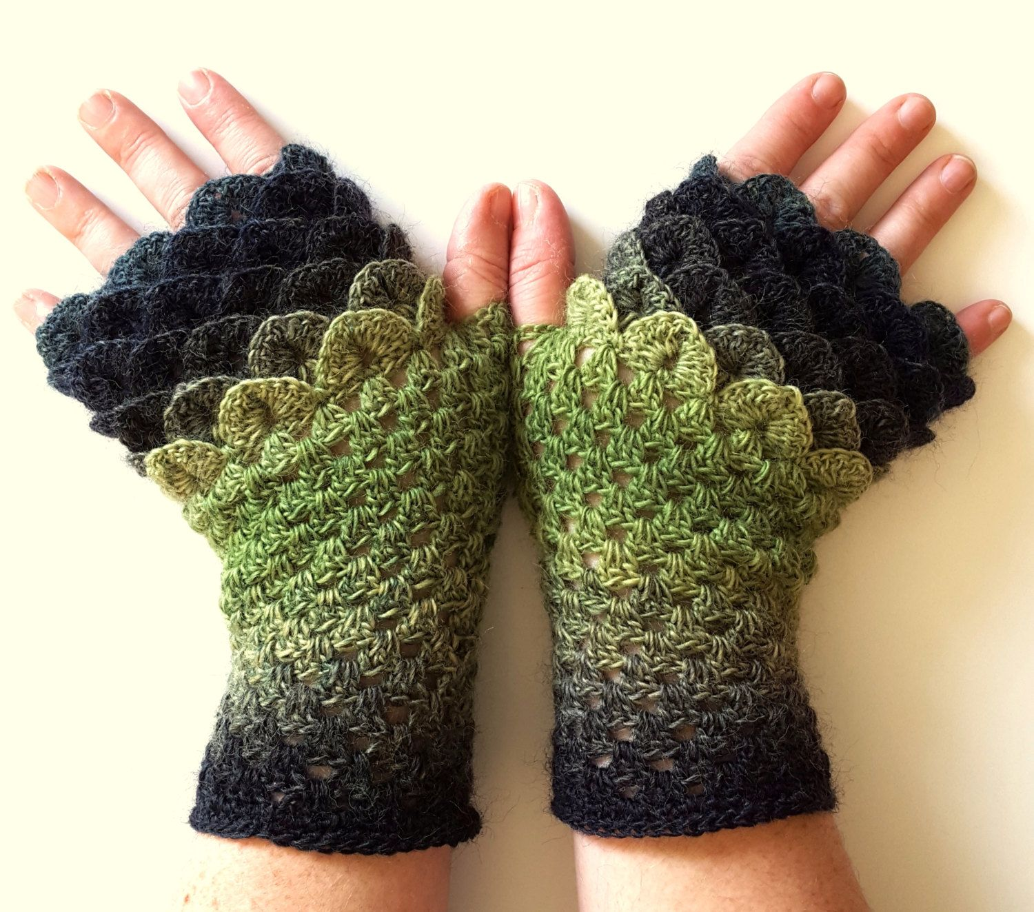 Driving texting gloves -