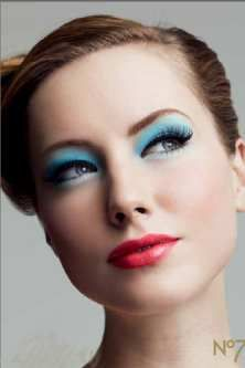 Seven Decades Of Beauty 40 S 50 S Como Maquillarme Maquillaje