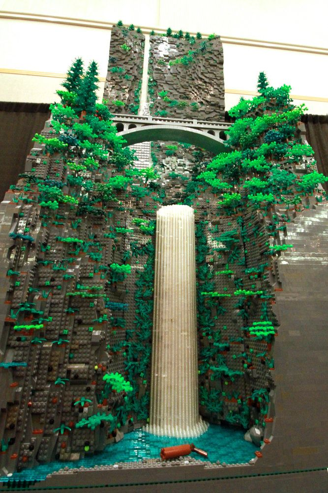 Multnomah Falls, other Oregon icons get Lego treatment at Bricks Cascade (photos) | OregonLive.com