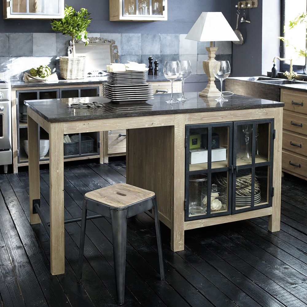 Kücheninsel aus recyceltem Kiefernholz und anthrazitblauer Stein ...