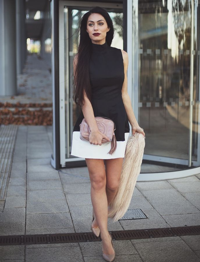 modern date outfit with clutch