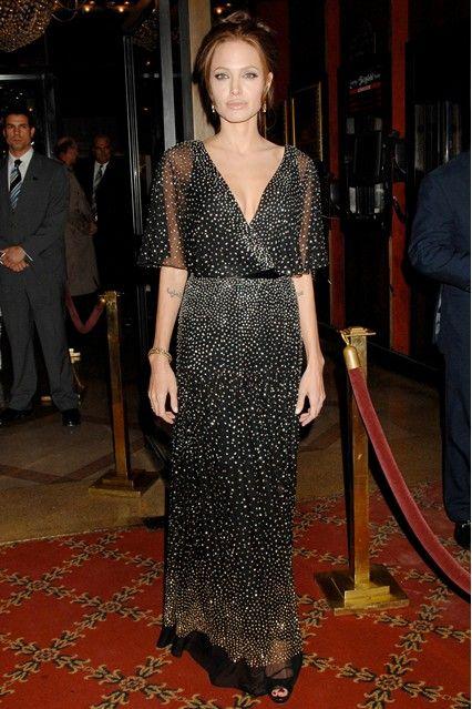 Анджелина Джоли в мерцающем платье от Reem Acra, 2006 год ... e9925712b76