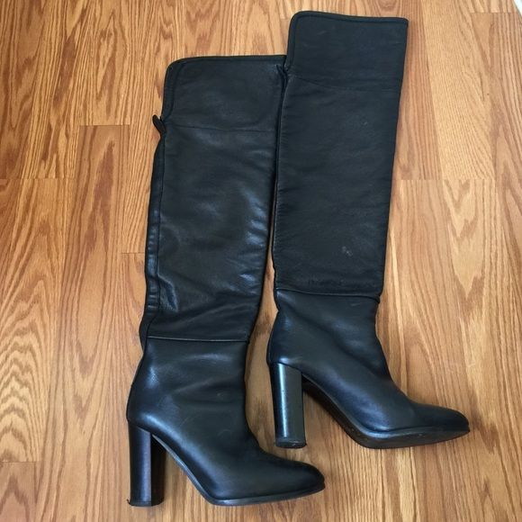 Zara Leather over the knees boots Gorgeous Zara over the knee boots, just worn a couple of times, otherwise they are in great shape, size 9 Zara Shoes Over the Knee Boots