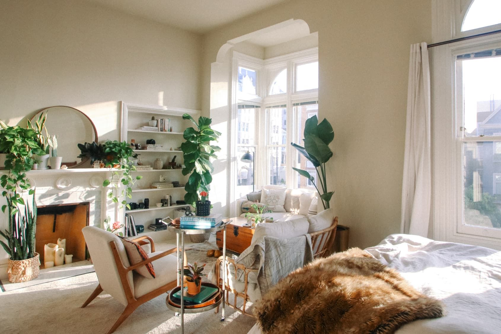 A 400SquareFoot, Sunny San Francisco Studio Filled with