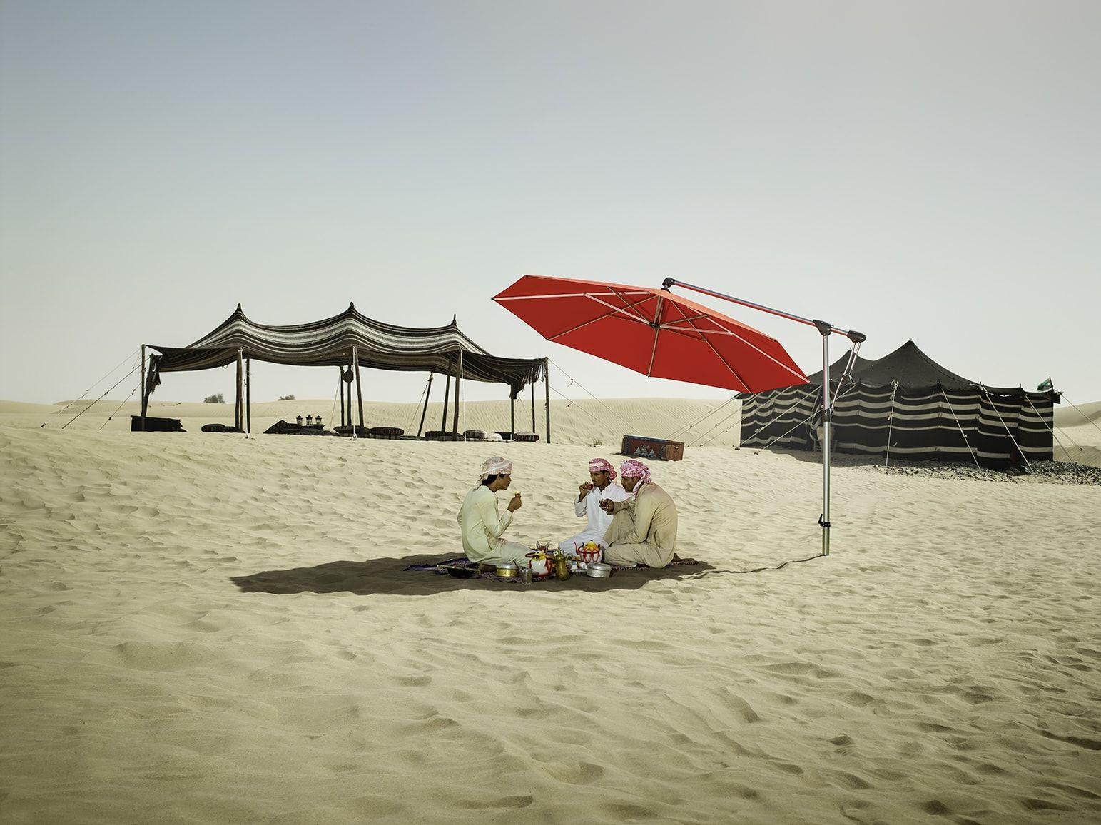 Glatz Ampelschirm Sunwing C Der Ampelschirm Glatz Sunwing C Ist Ein Schattenspender In Einem Modernen Design Der Freiarmsc Ampelschirm Schirm Sonnenschirm