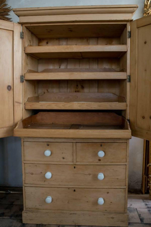 Mid Victorian Pine Linen press - picture 3 | bedroom | Pinterest