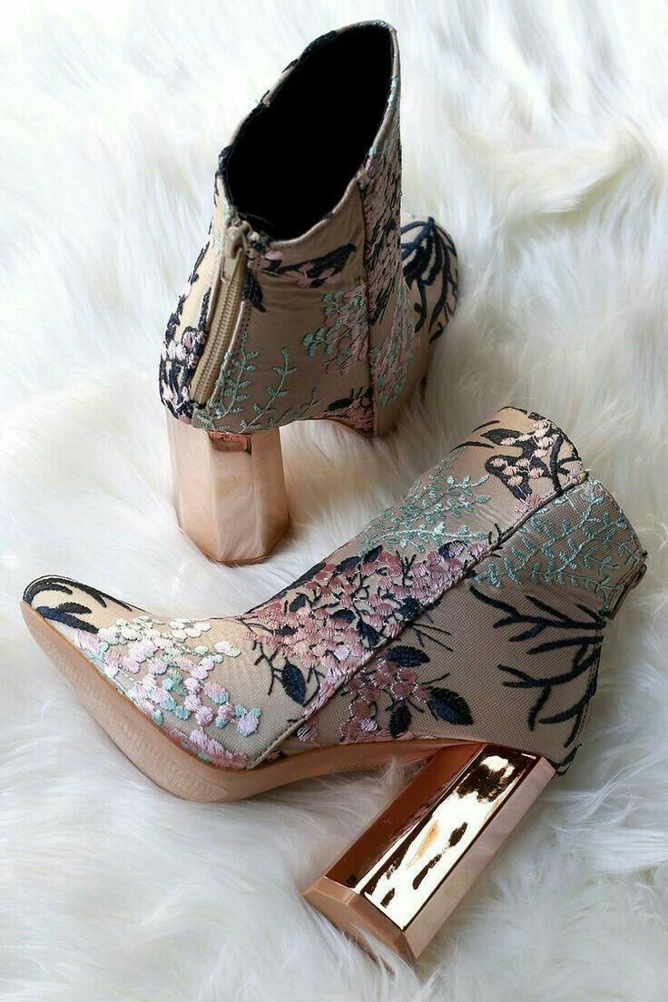 Pin by emma scagliarini on shoes shoes shoes | Boots, Heels