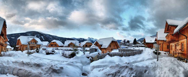 St Martin Chalets Winter Panorama