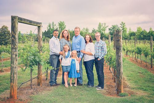 Extended family photography large group owls eye vineyard shelby nc