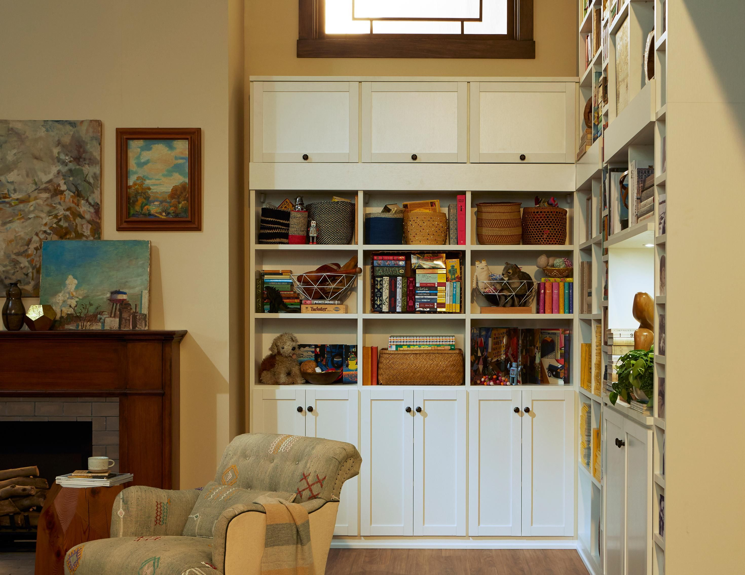 Do You Need Storage Solutions For Your Family Room Get Living Ideas And A Free Design Consultation From California Closets
