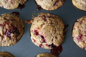 Applesauce raspberry flax seed muffins
