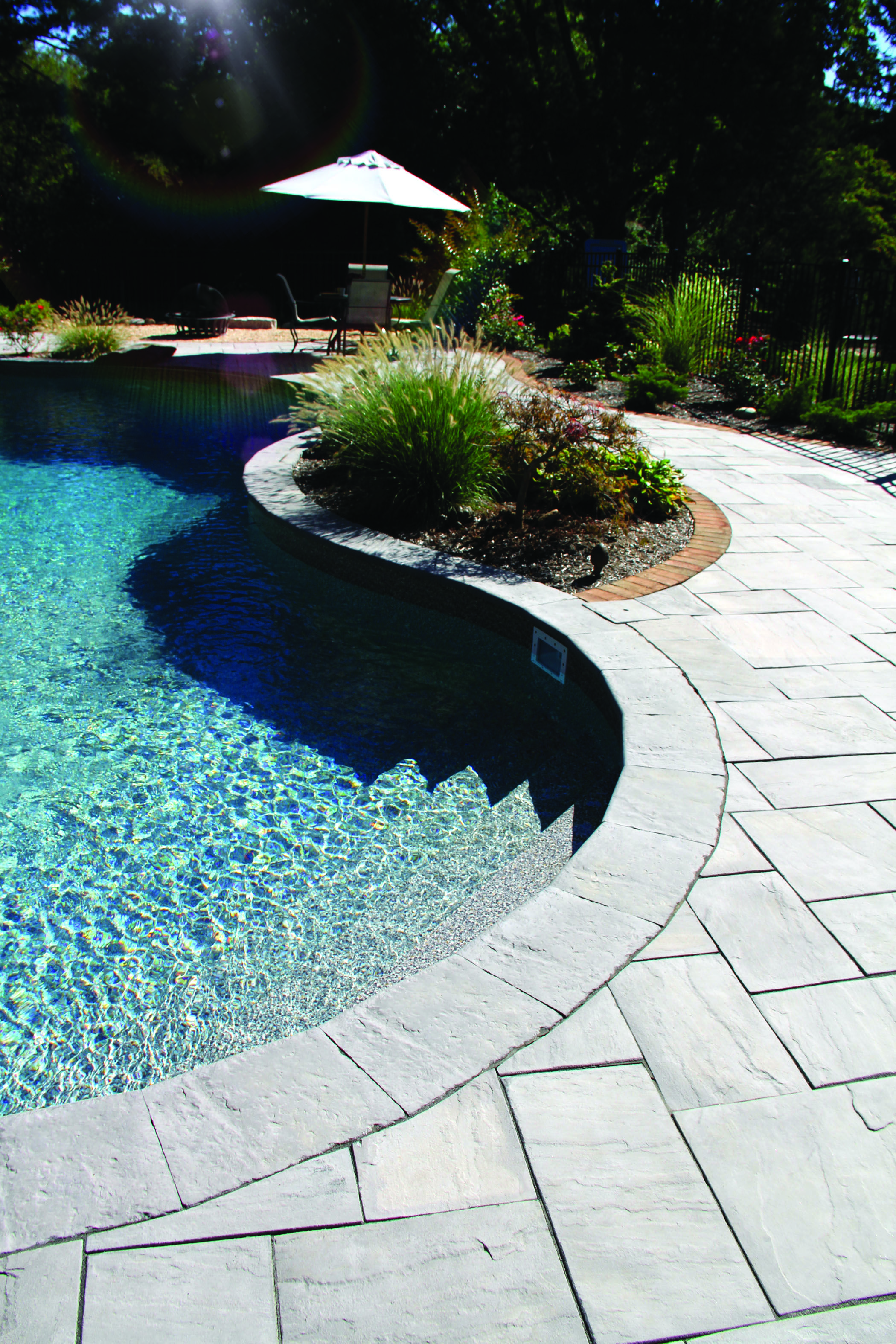 Pool Surrounded By Old Town Pool Coping In Bluestone Nicolock