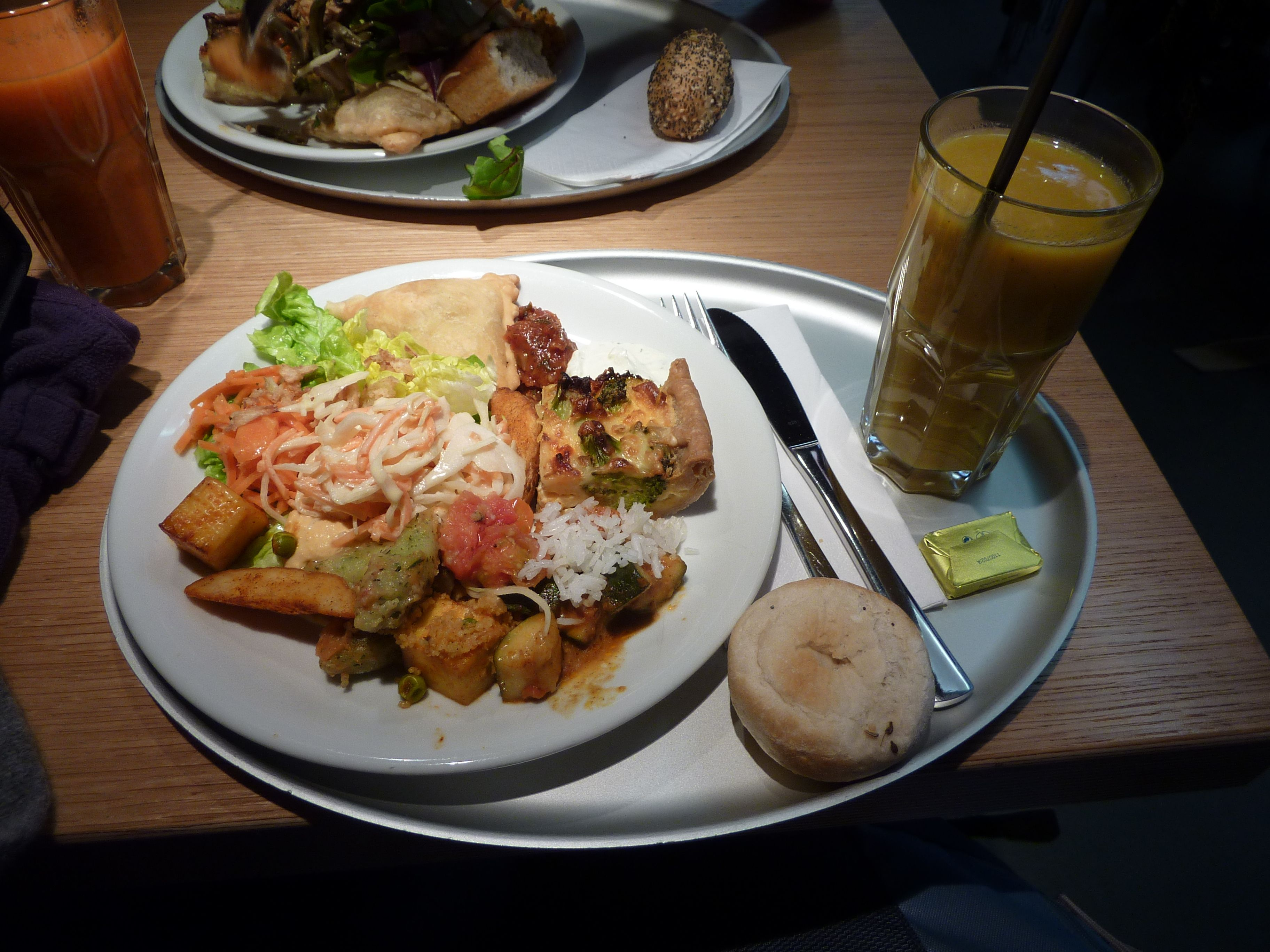 gourmet vegetarian meals - HD3648×2736