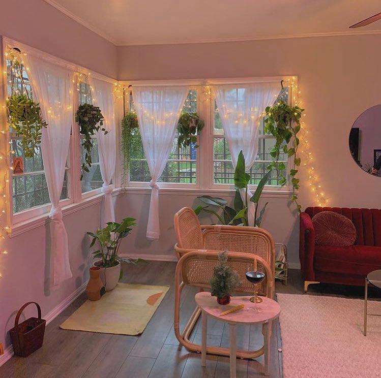 Callista 🧚🏻♀️ on in 2020 Aesthetic bedroom, Aesthetic