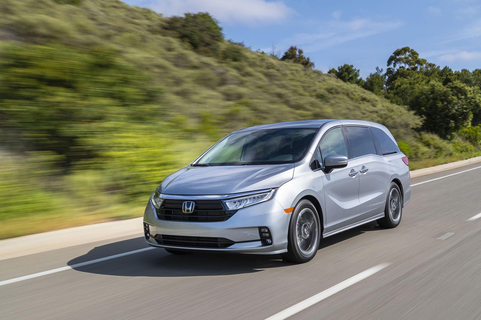 2021 Honda Odyssey First Look Review Minivans Still Matter A Series Of Midlife Updates Make A Great Minivan Even Better In 2020 Honda Odyssey Honda Honda Minivan