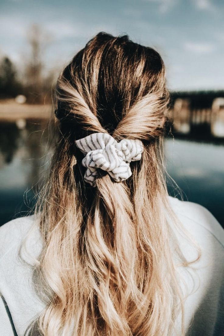 How To Wear A Scrunchie Half Up Half Down Hair Style With A Scrunchie Hair Styles Long Hair Styles Scrunchie Hairstyles