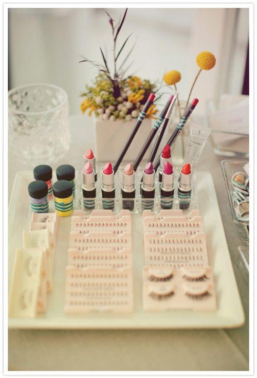 make-up organization using a platter
