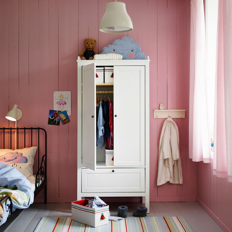 A pink kids\u0027 bedroom with SUNDVIK wardrobe in white and white - Childrens Bedroom Ideas