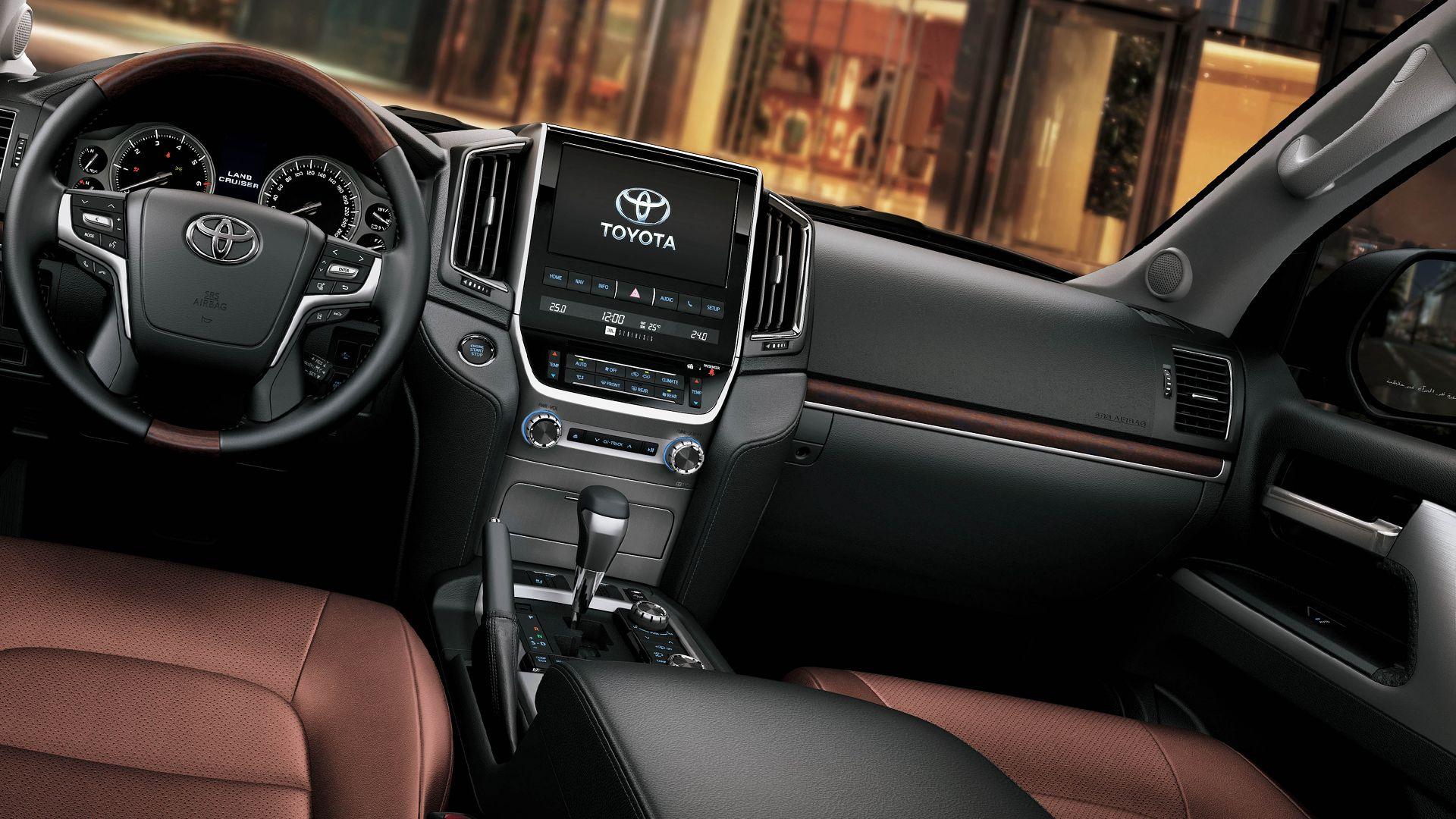 New 2019 Toyota Land Cruiser 200 Interior Design