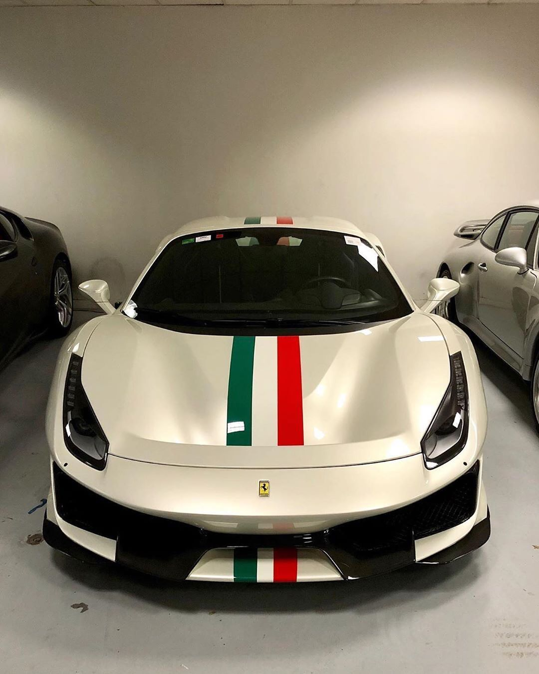 Instagram Limited Supercars On Instagram Italian Stripe 488pista Spider Follow Us For More Ferrari Ferrari 488 Super Cars