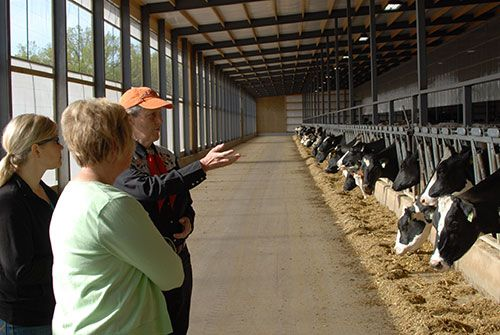 Our Customers in the News! Temple Grandin visits Wisconsin dairy farm
