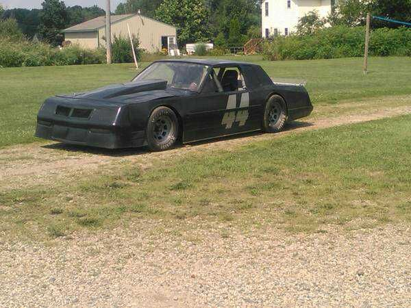 Circle Track Sportsman Street Stock Race Car Csc Chassis Race Cars Racing Street Stock